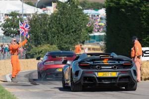 McLaren 675LTS and Aston Martin GT8